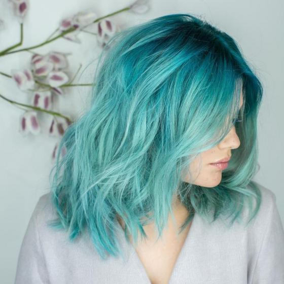 4-ways-wear-it-aqua-hair-d80d8309